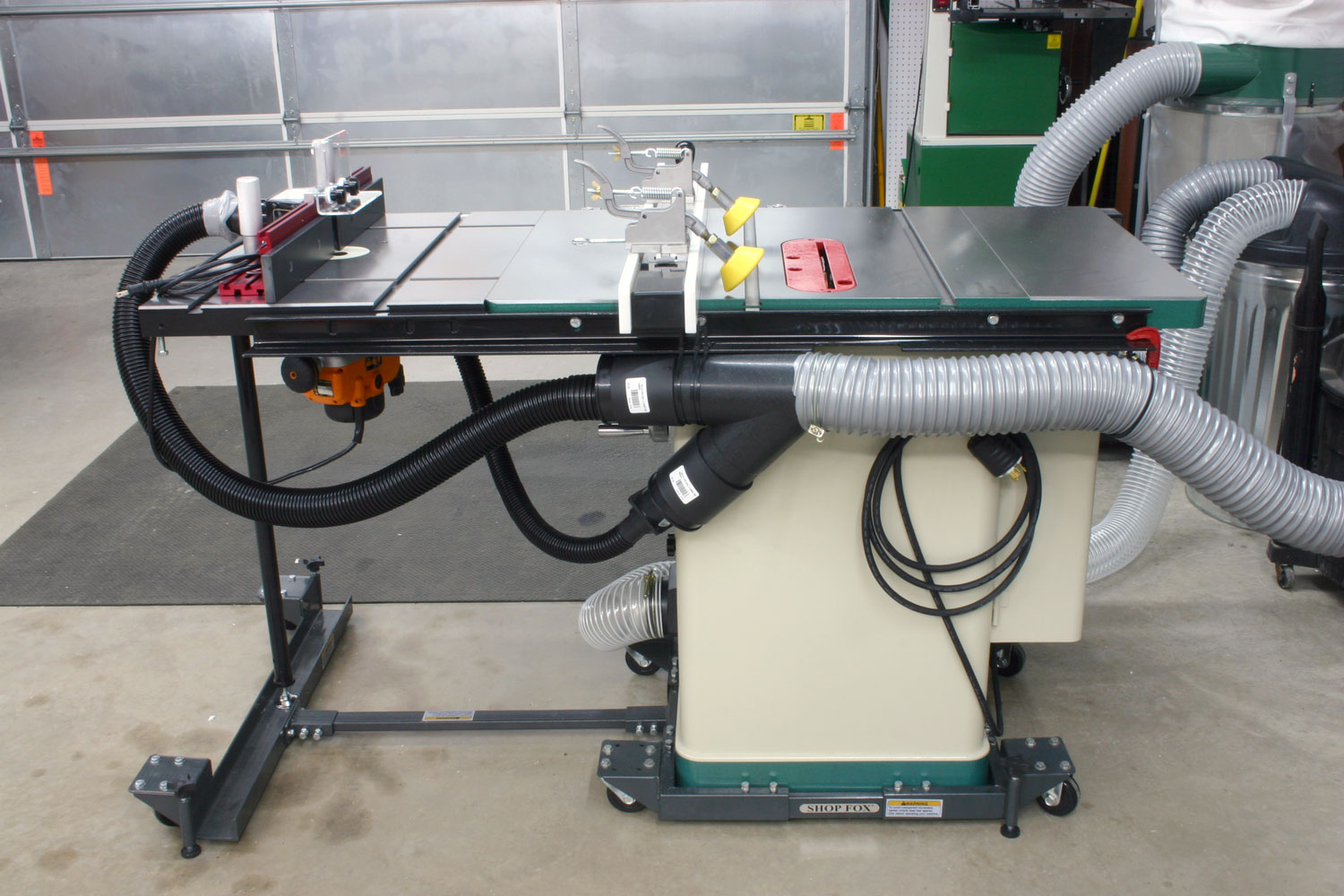 Cast Iron Router Table Extension For A Table Saw By