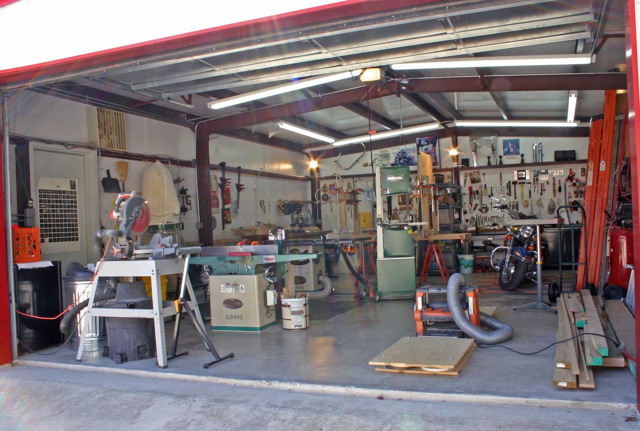 Woodshop for Home garage shop